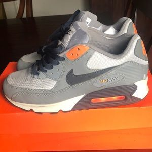 Nike Air Max size 7y